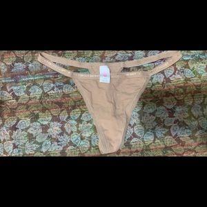 EUC Victoria's Secret Cotton V String Thong Medium